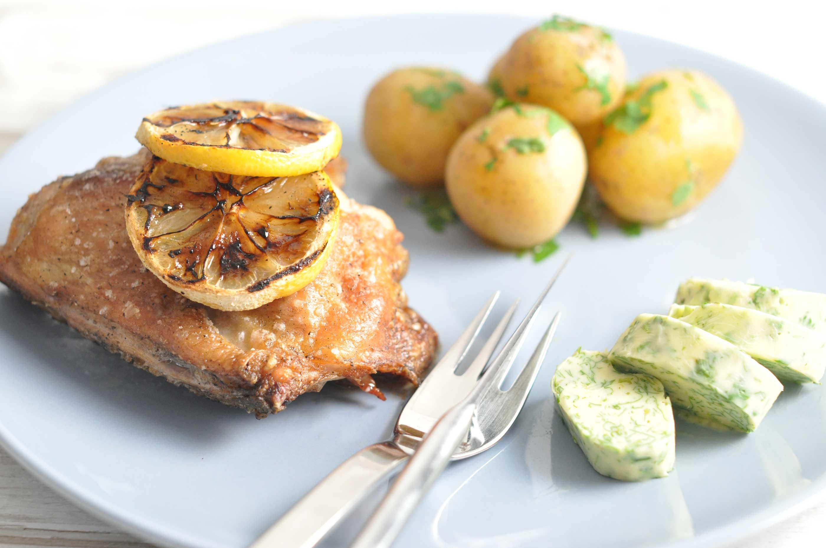 Citrongrillet Kylling Med Nye Kartofler Mambenodk