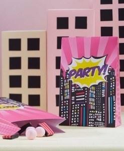 Slikposer-til-pigefoedselsdag-pink superhero
