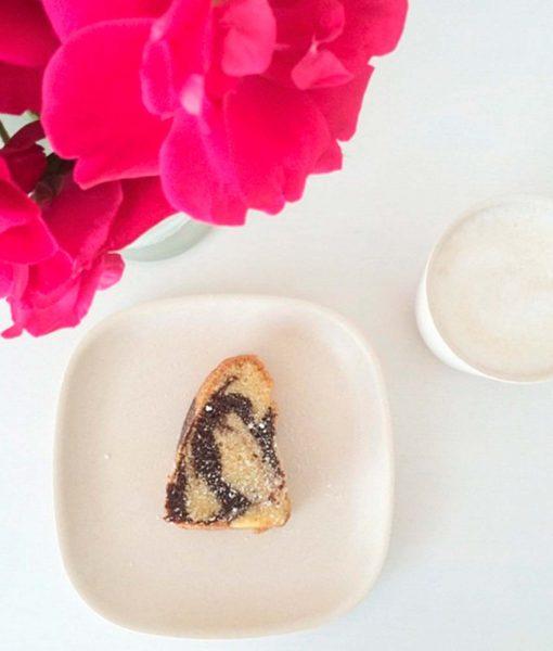 Kaffepause-med-Gusto-tallerken-og-kop