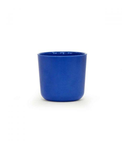 Flot kop i bambus i kongeblå