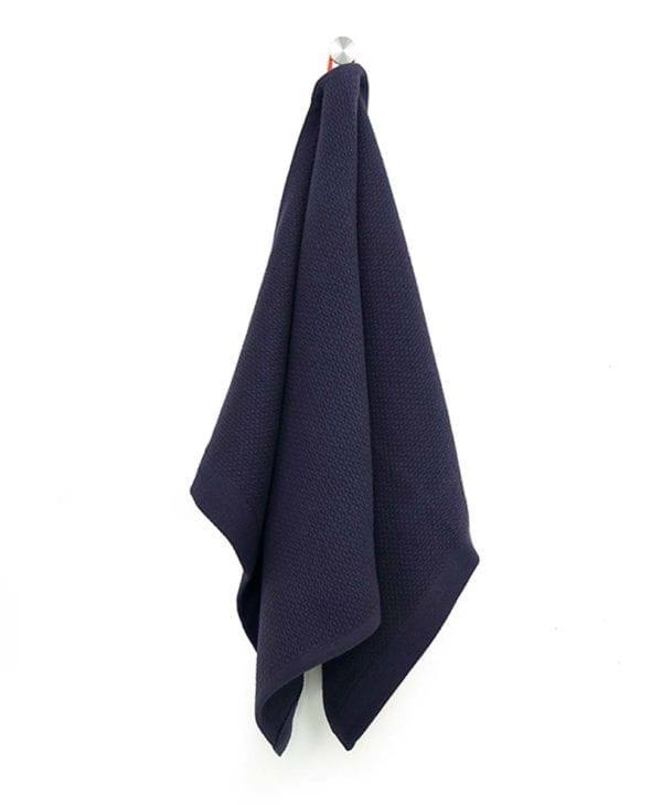 Lille håndklæde eller viskestykke i økologisk bomuld by Ekobo mørkeblå