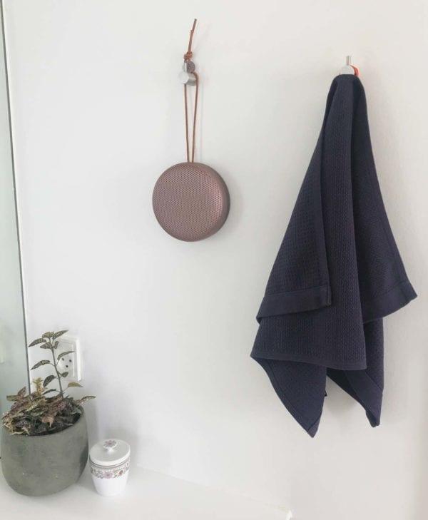 Lille håndklæde i økologisk bomuld fra Ekobo