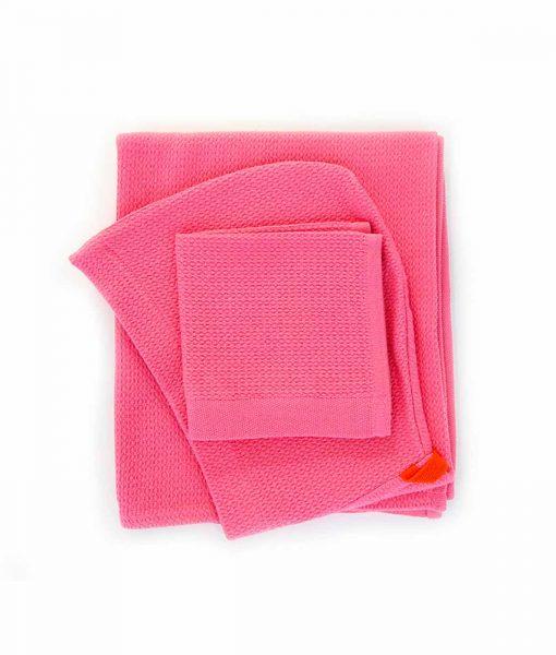 Økologisk baby-håndklæde-i-lyserød fra Ekobo