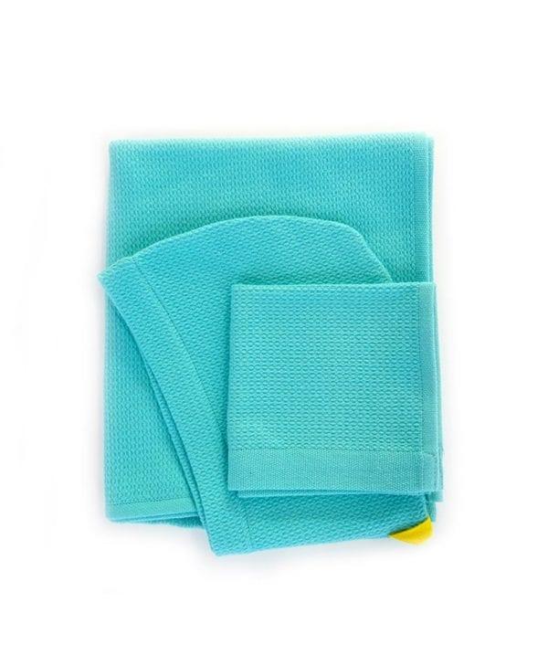 Økologisk baby-håndklæde-i-turkis fra Ekobo