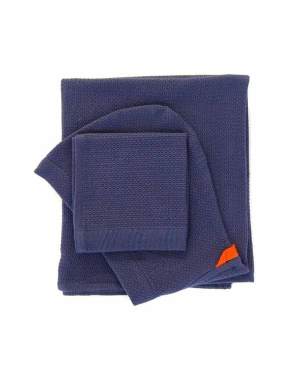 Økologisk-baby-håndklæde-og-vaskeklud-i-blå fra Ekobo