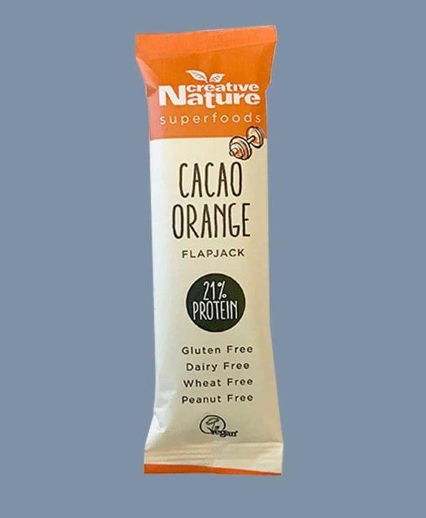 Lækker Creative Nature snackbar med smag af cacao og orange