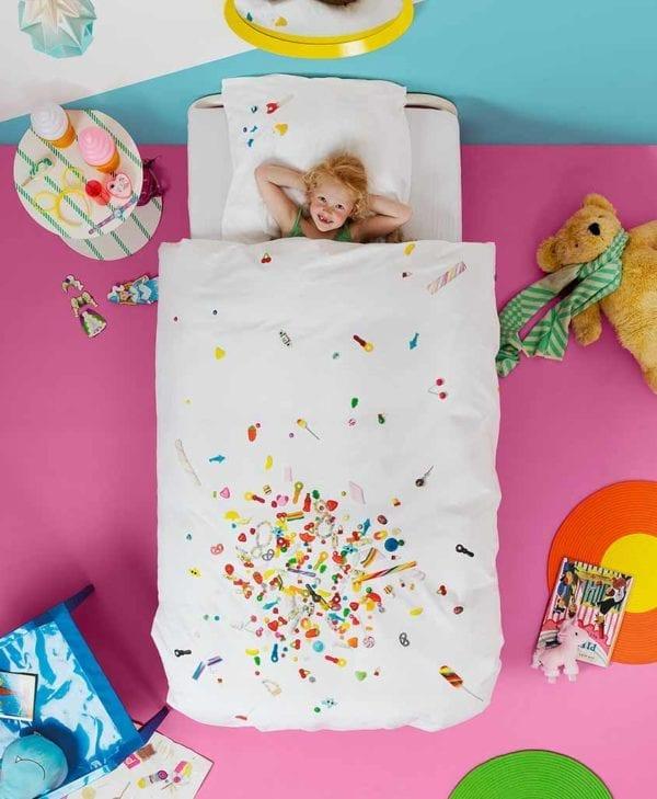 Snurk sengetøj candy blast med pige