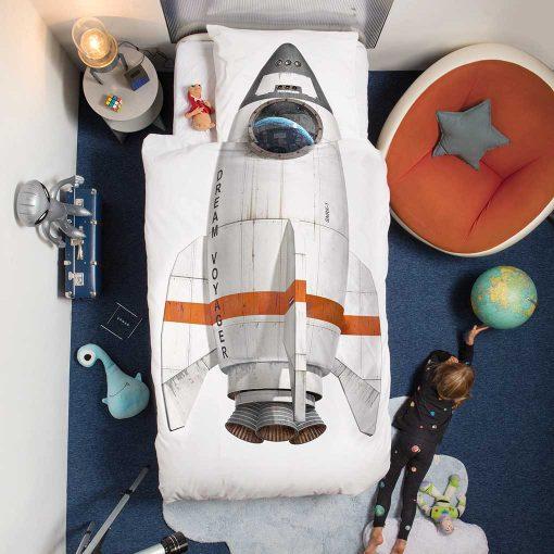 Snurk sengetøj junior - sengen er redt - rumraket