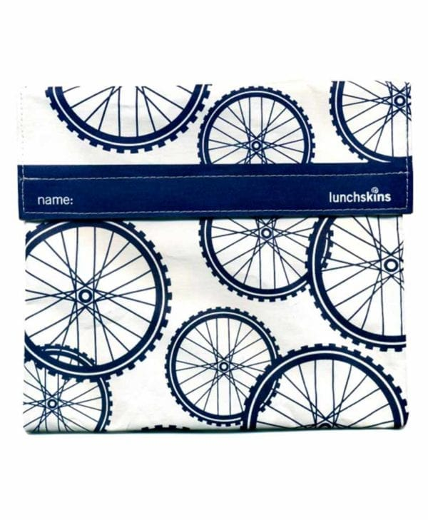 Ekstrastor praktisk frugt og snackpose med velcro cykelhjul