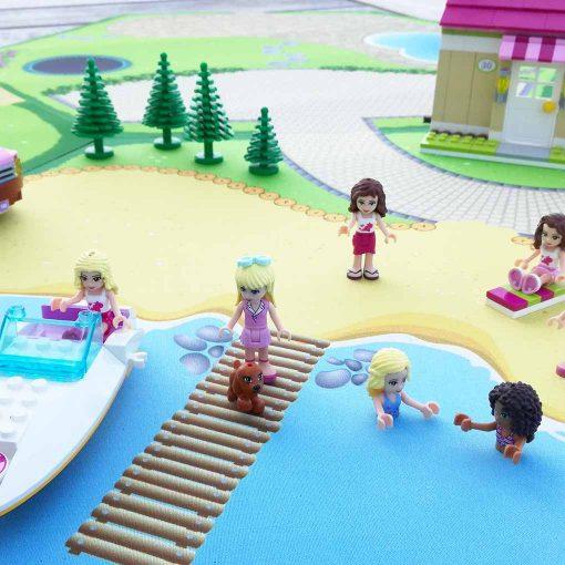 Lego friends på stranden med Gohexa legemåtte