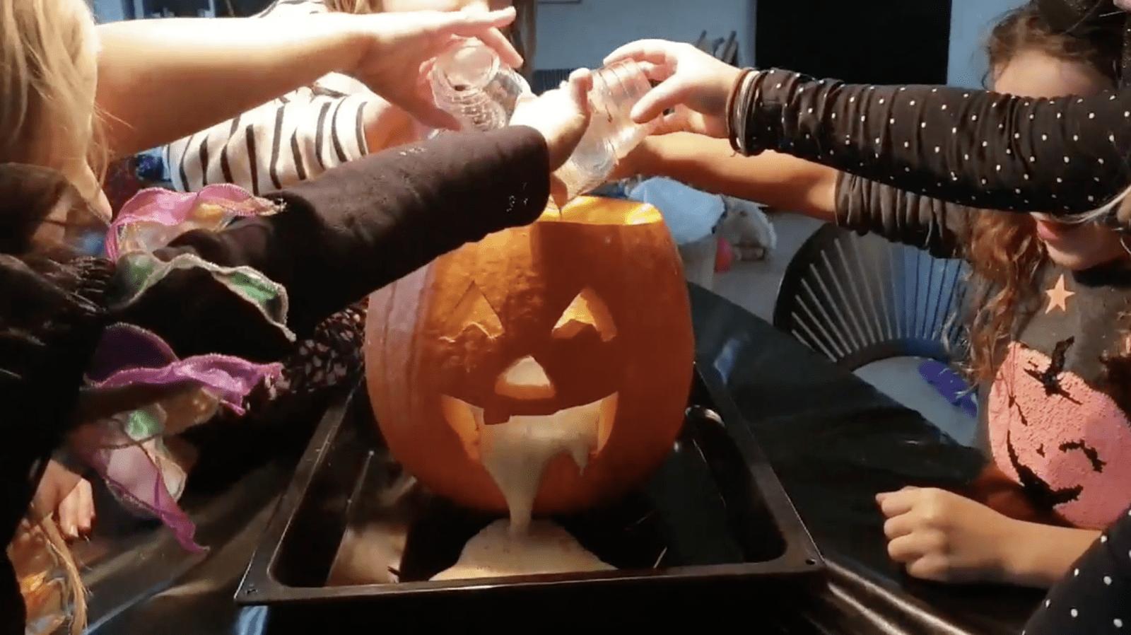 Halloween-sjov med ungerne